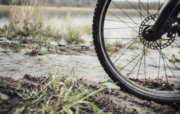 Ce qu'il faut savoir sur le gonflage et la pression des pneus d'un VTT